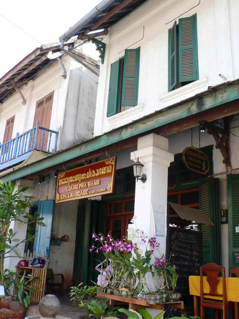 Colonial villas Luang Prabang