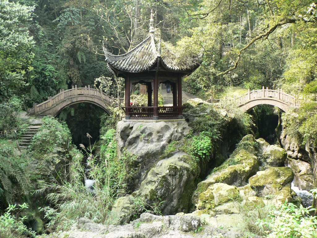 Mt Emei pagoda