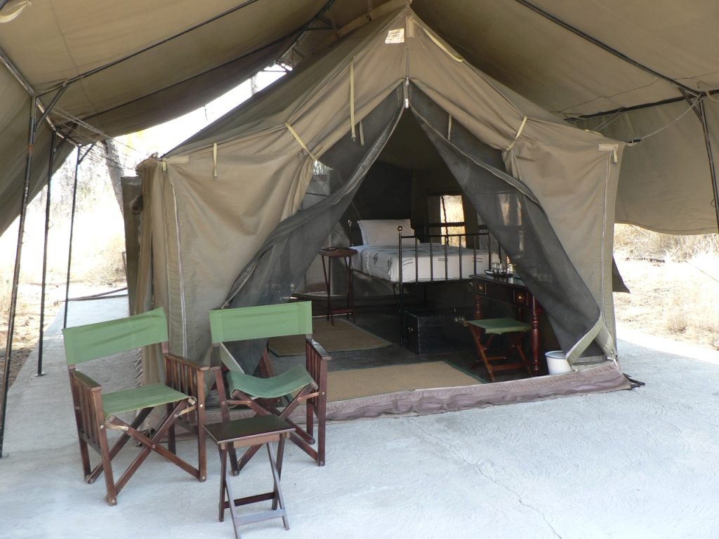 luxury camp kalahari