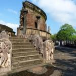Polonnaruwa quadrangle temple