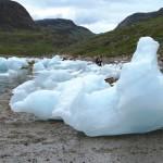 icebergs Nunataaq beach