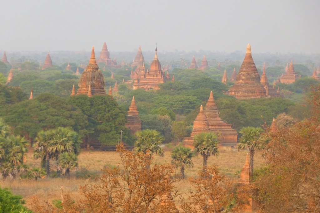 Temple strewn plains Bagan