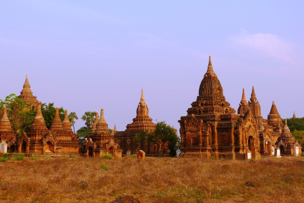 Golden temples Bagan