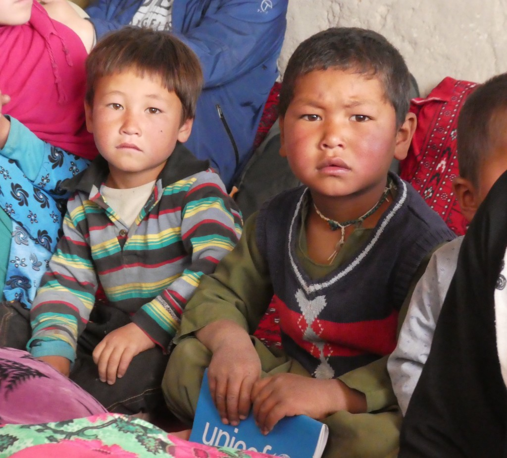 School kids Bamiyan 3